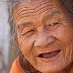 笑顔のお年寄り